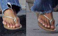 Six_toes